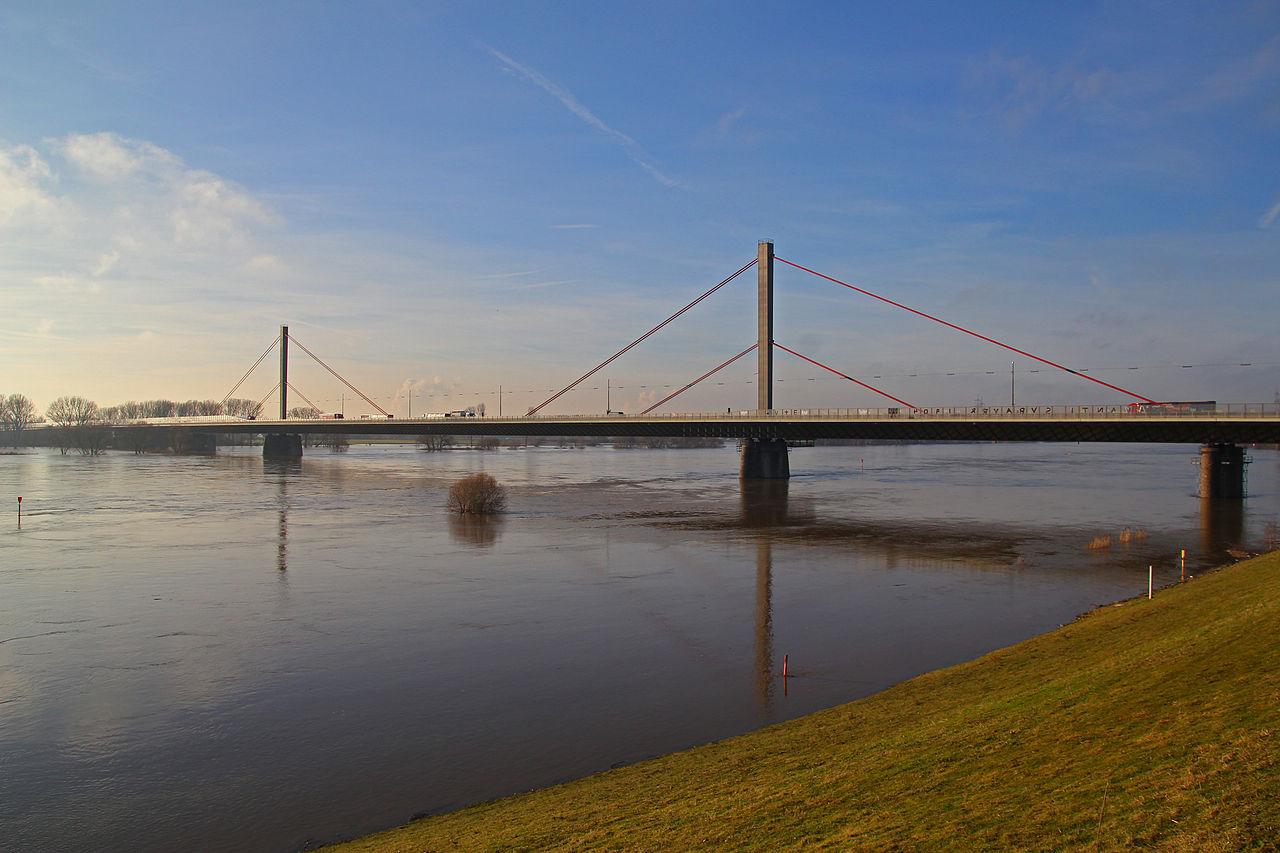Leverkusener Brücke (CC-BY A.Savin)