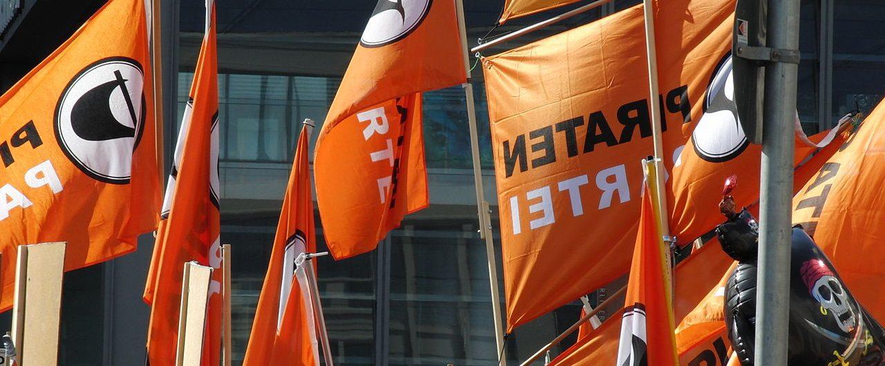 Die Piratenpartei auf der Demo Demo Freiheit statt Angst| CC BY 2.0 Jürgen Brocke